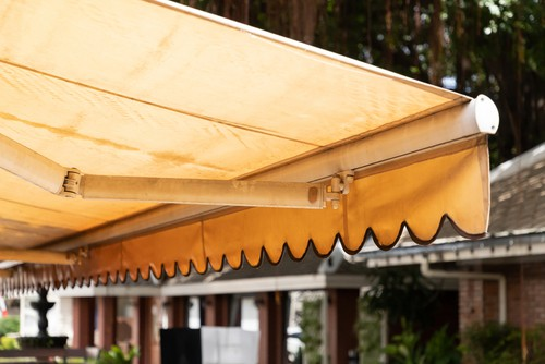 How To Remove An Awning?